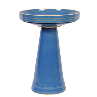 Simple Elegance Bird Bath