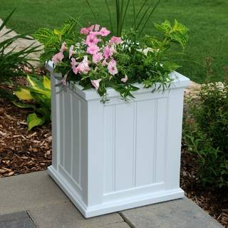 Cape Cod Patio Planter