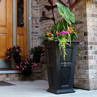 Fairfield Tall Patio Planter
